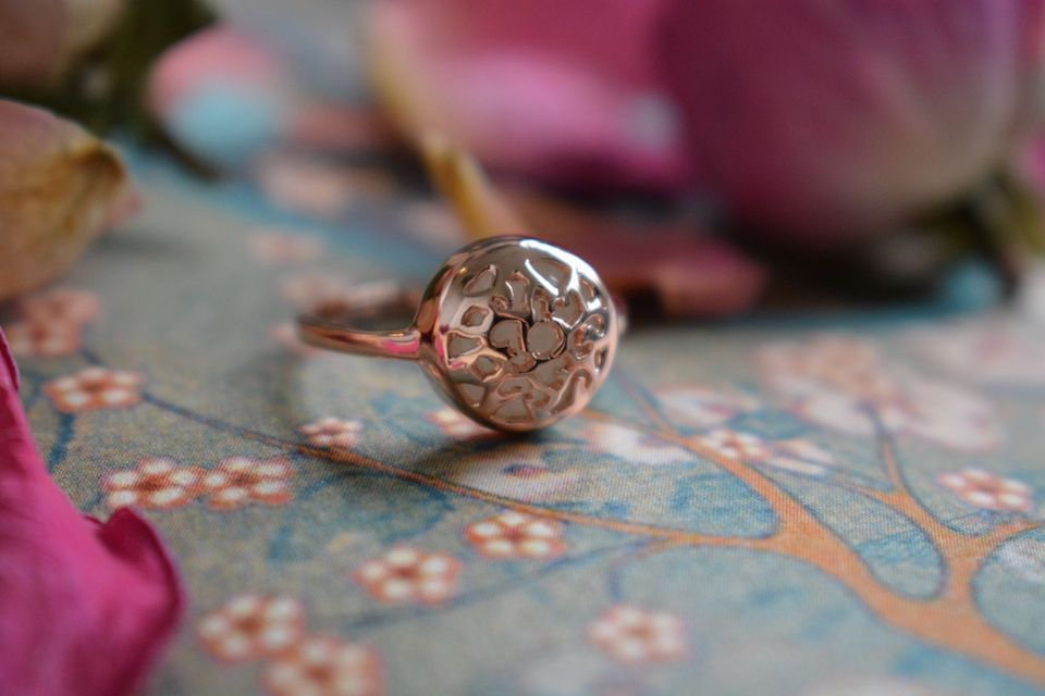 Rose Gold Moonstone Ring - EsmeLoves