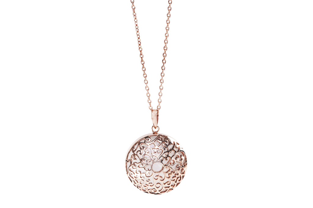 necklace jewelers plated item hold rose reeds tous gold