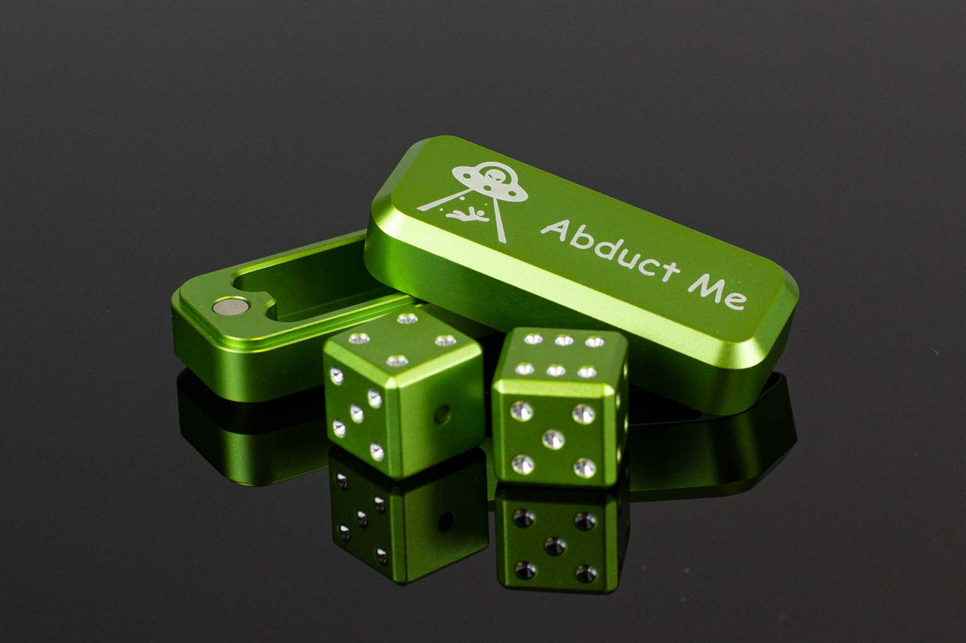 Alien Green 2 Dice w/ Case + FREE Alien Glasses - GRAVITY DICE
