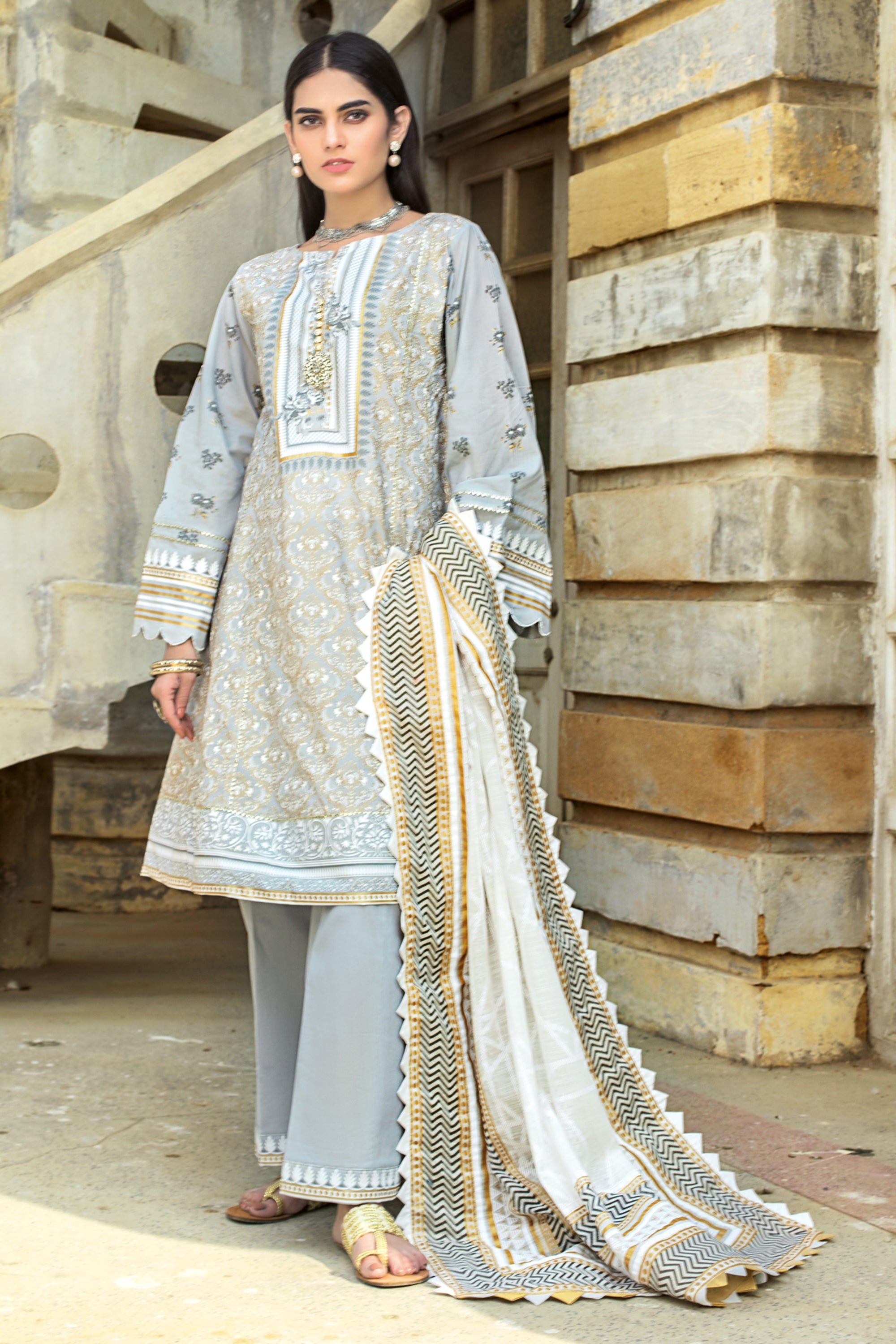 Gul Ahmed Lawn 2020 Stitched 3 Piece ARZ#06
