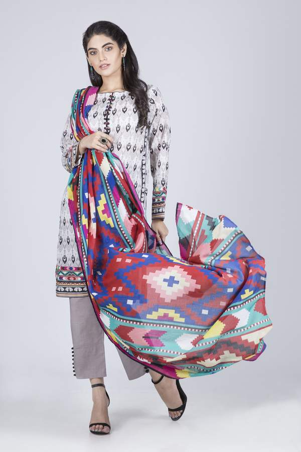 Printed Lawn 3 Pcs Suit RBC93P-012A