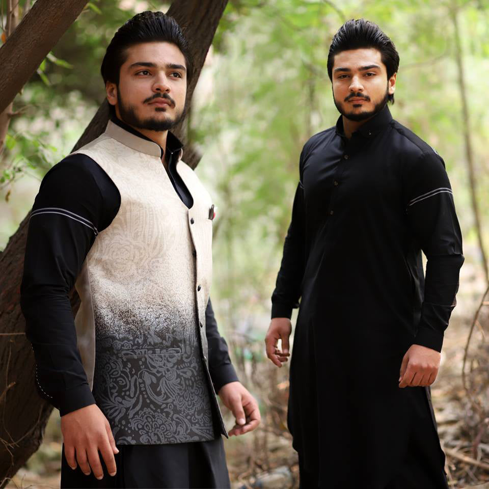 Pakistani Men's Shalwar Kameez In The USA