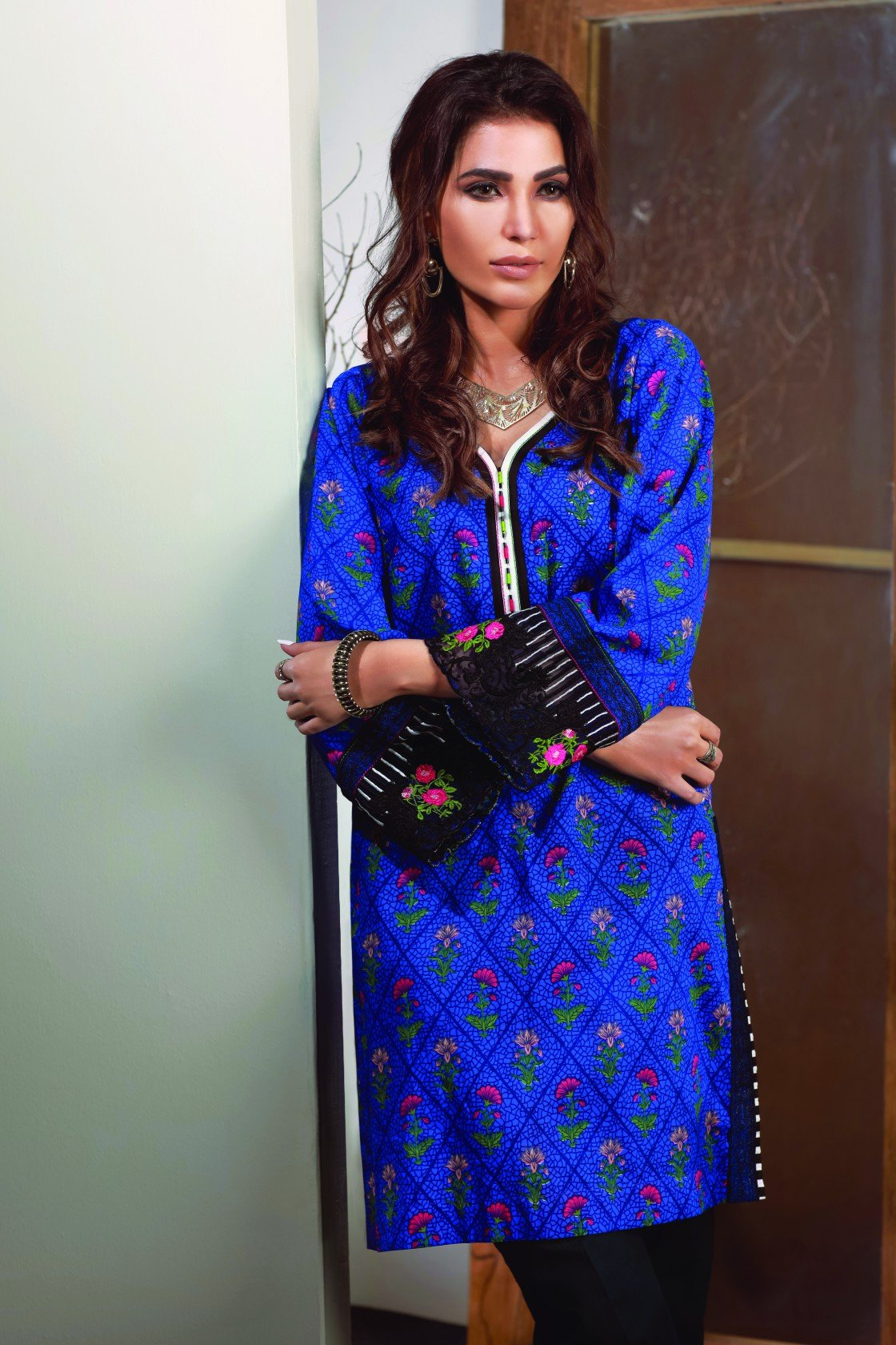 Satrangi Single Kurta WC18SP-01
