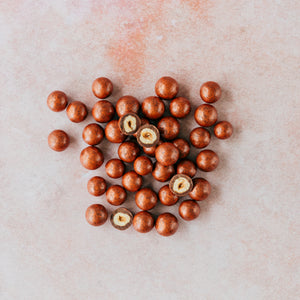 DARK PRALINE & MILK ORANGE HAZELNUTS REFILL 140g