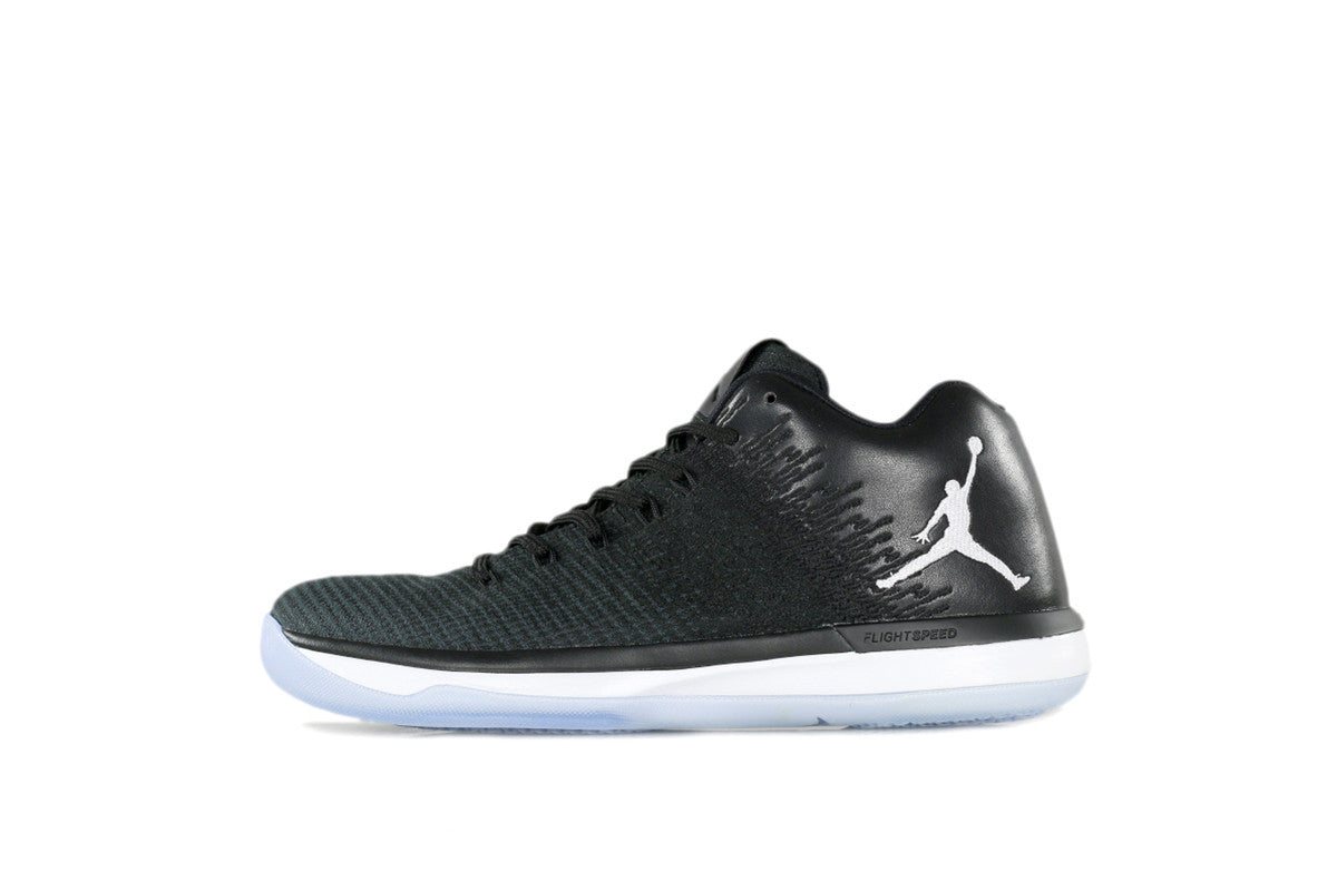 Air Jordan XXXI Low Black/White