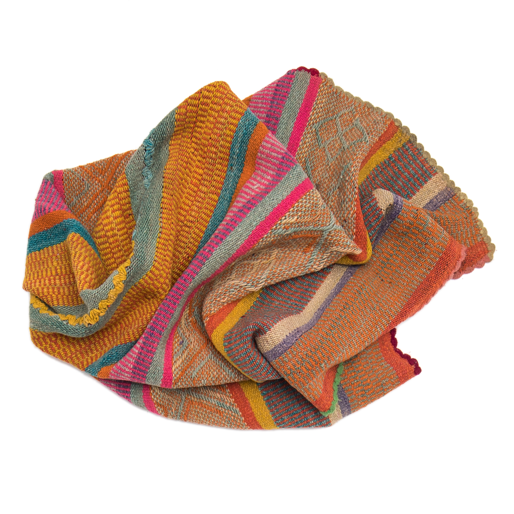 Intiearth Peruvian Frazada Blanket colorful wool