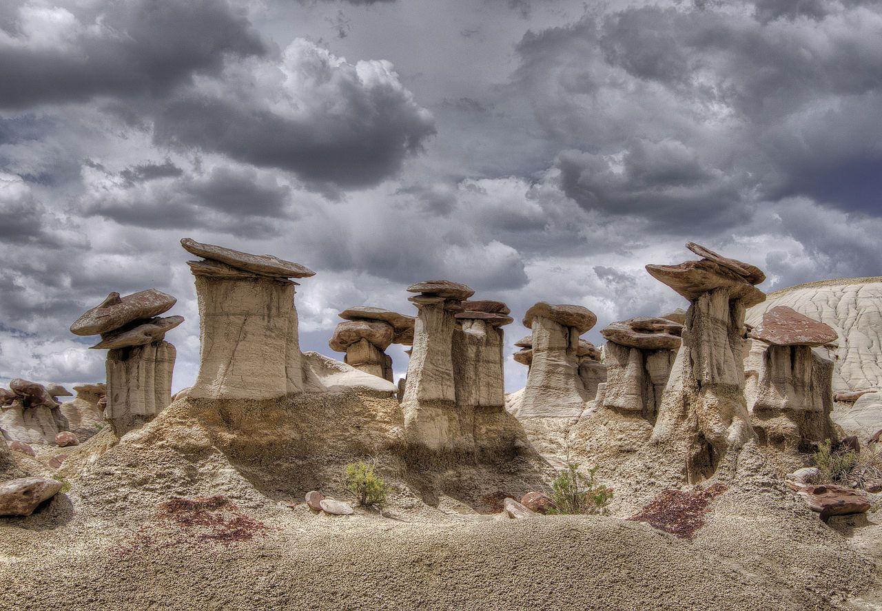 Hoodoos at Ah-Shi-Sle-Pah Wilderness Area, New Mexico