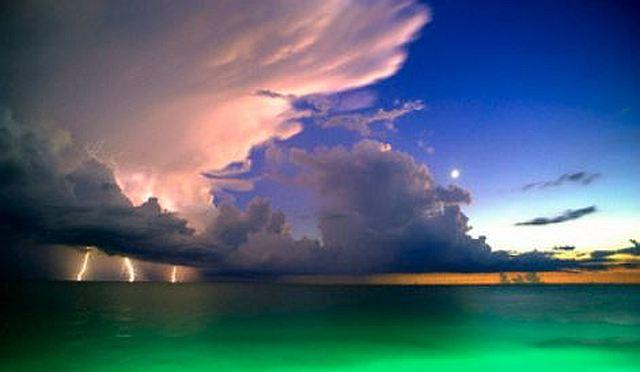 Vivid Lightning Strike, Florida
