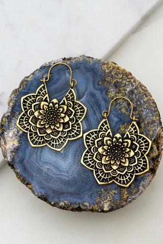 Flower Casting Etched Earrings