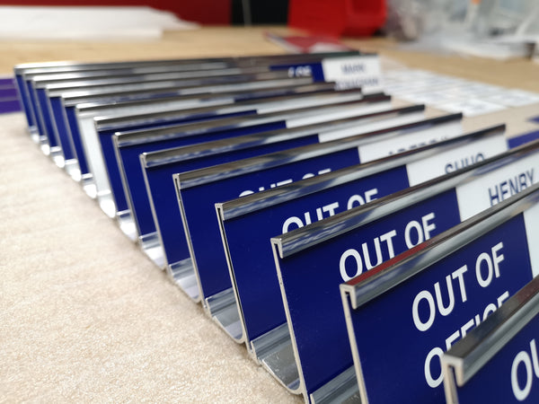 Changeable Hot Desk Sliding Signs
