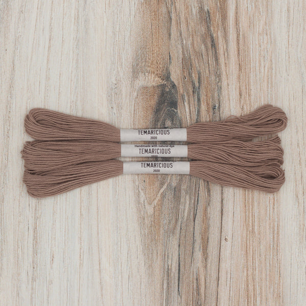 Temaricious embroidery thread brown p16