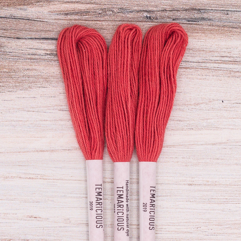 Temaricious embroidery thread R3 red