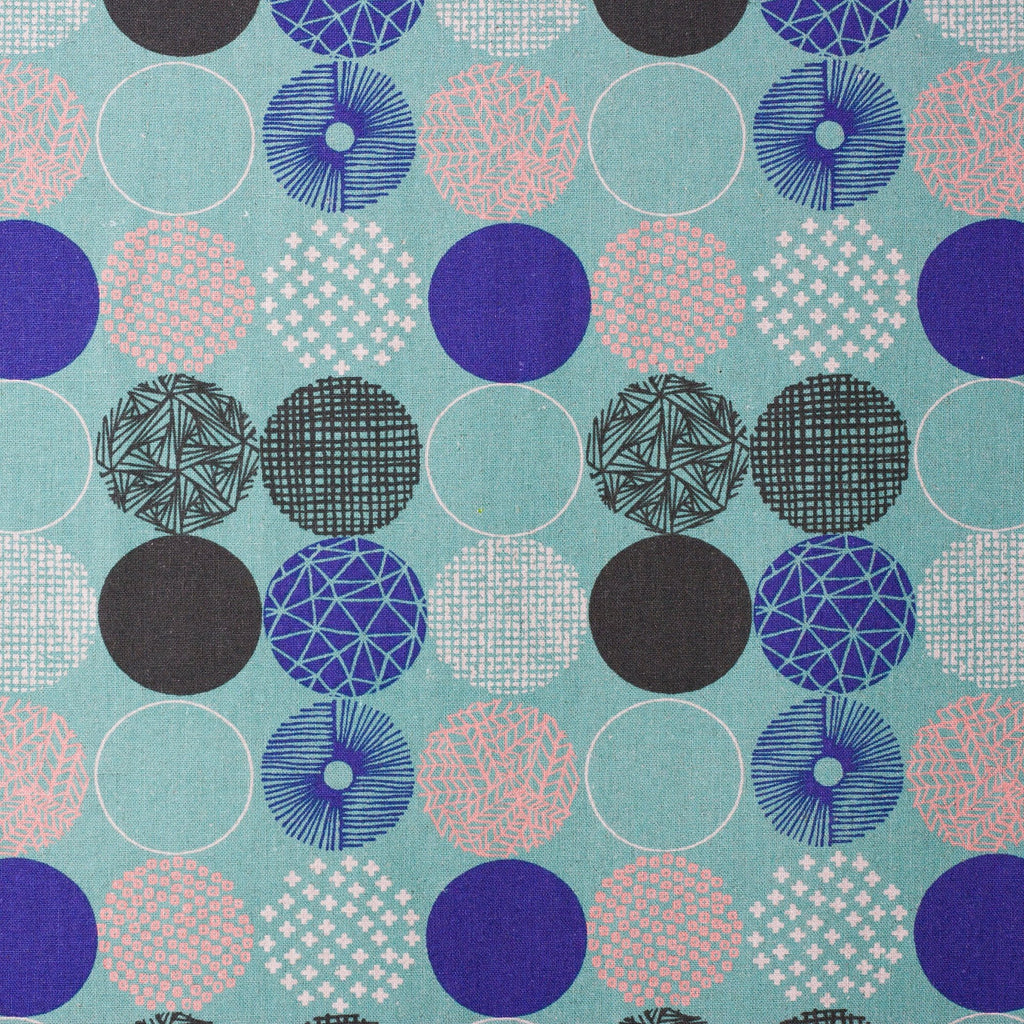 Sale | Japanese fabric - geometric polka dot fabric in canvas from Hokkoh - 1/2 YD