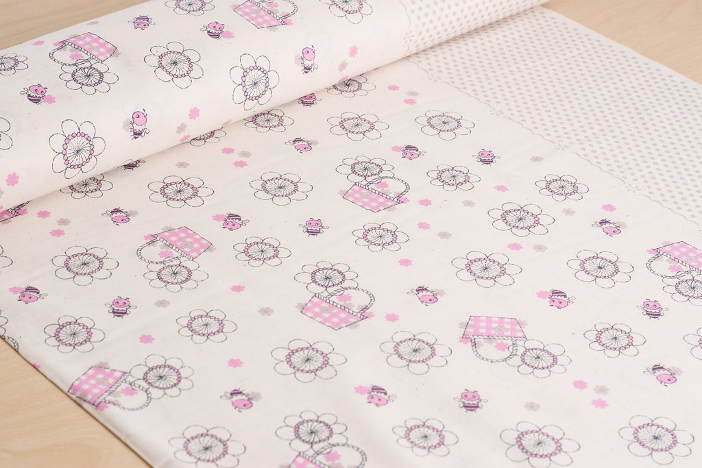 Shinzi Katoh | Japanese fabric - kawaii bees - cotton shirting - fuschia - 1/2 YD