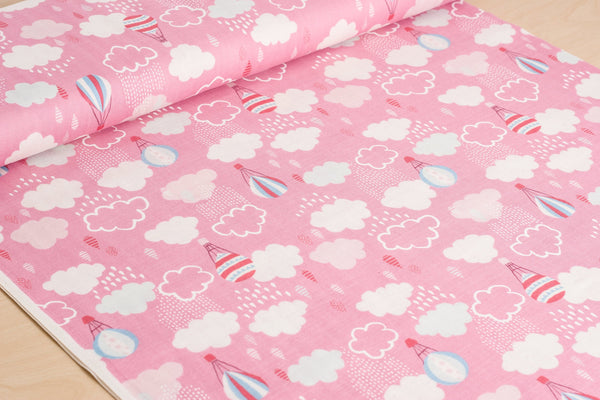 Kokka Trefle Japanese double gauze fabric in pink with hot air balloons - 1/2 YD