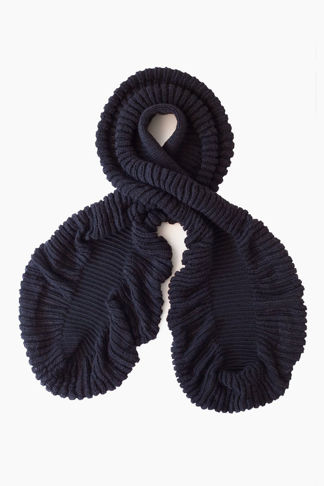 Cauliflower Scarf - Black