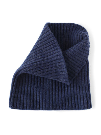 Women's neck warmer knitted in merino lambswool. Navy blue colour.