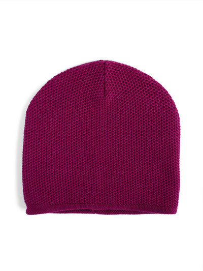 Knit beanie with a grainy texture is knitted in top-quality Italian merino wool. Aubergine colour.