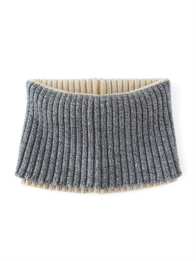 Knitted Neck warmer made in premium merino wool with a touch of sparkling Lurex viscose. Gold and grey colour.