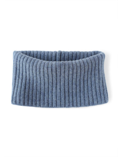 Women's neck warmer knitted in merino lambswool. Denim blue colour.