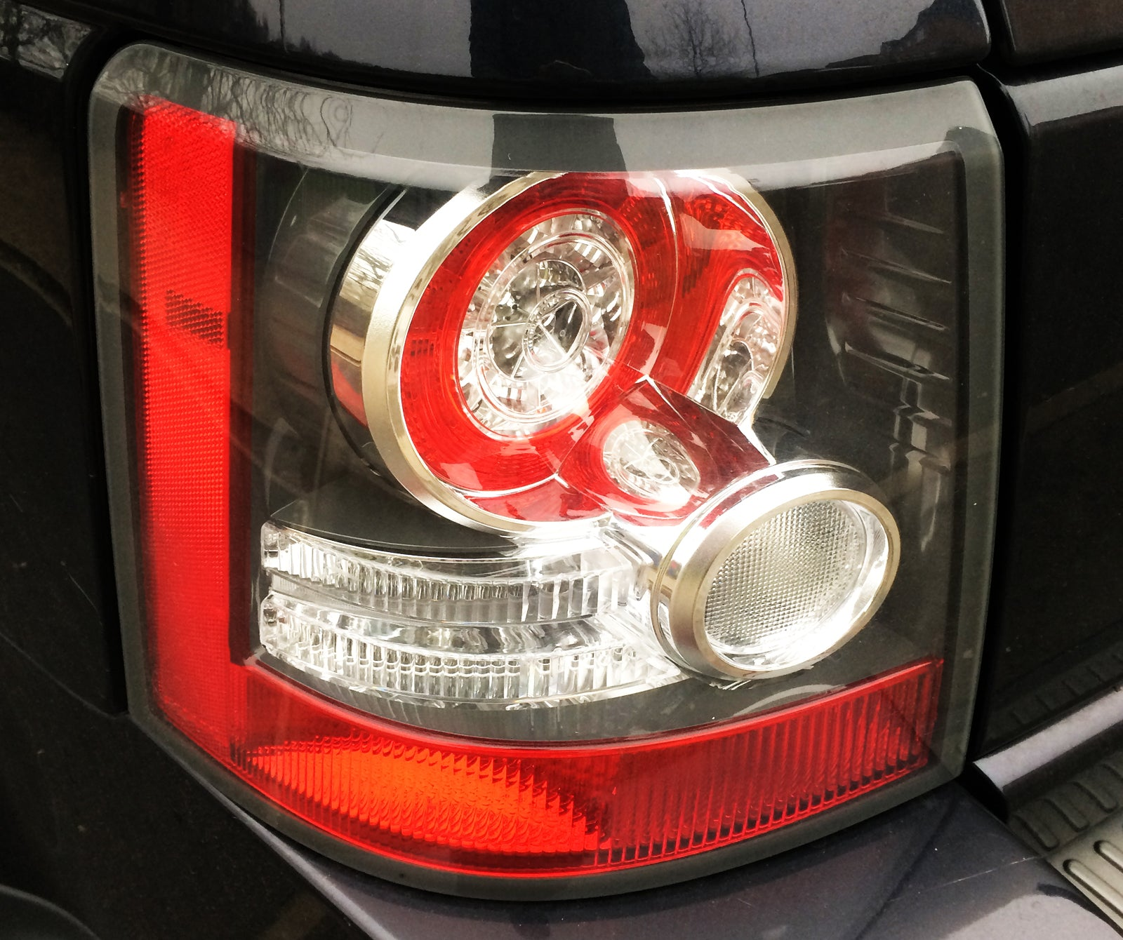 Range Rover Sport HSE Rear Passengers Light