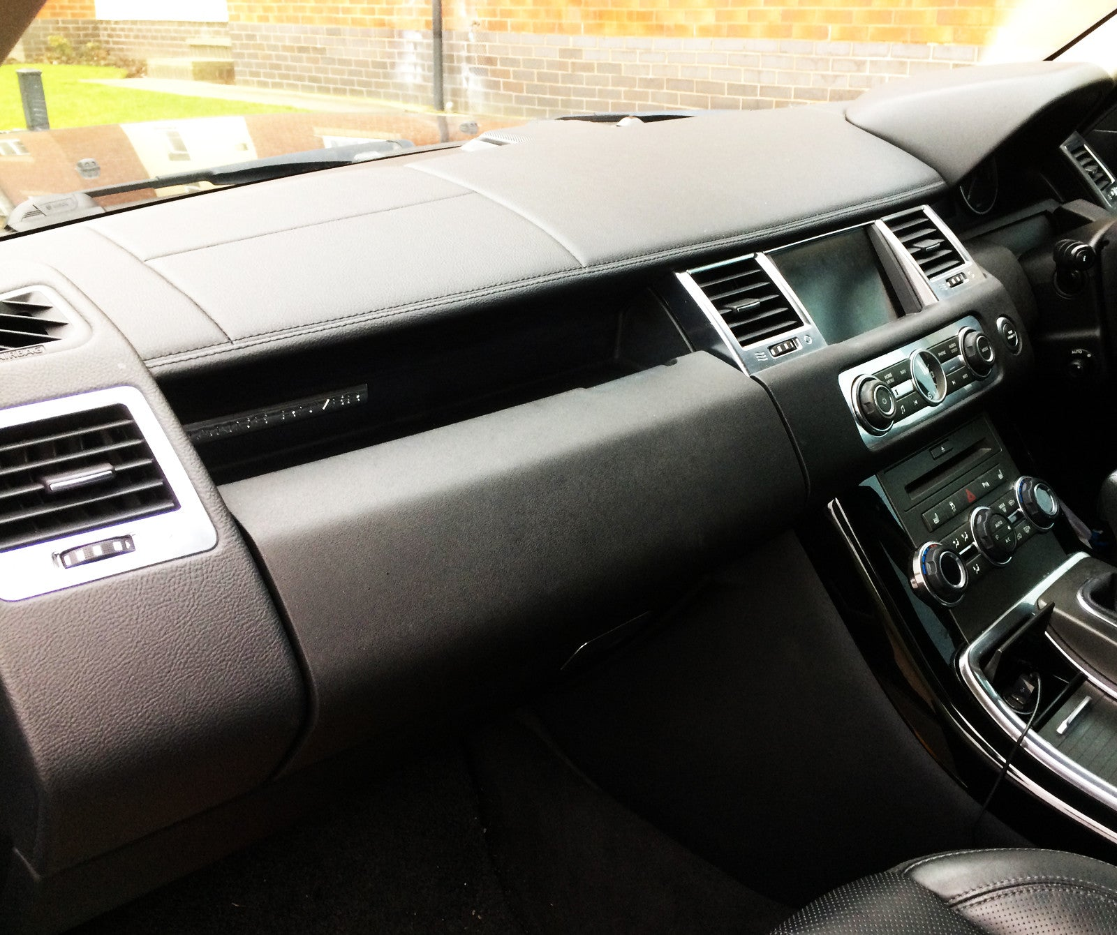 Range Rover Sport HSE Leather Dashboard