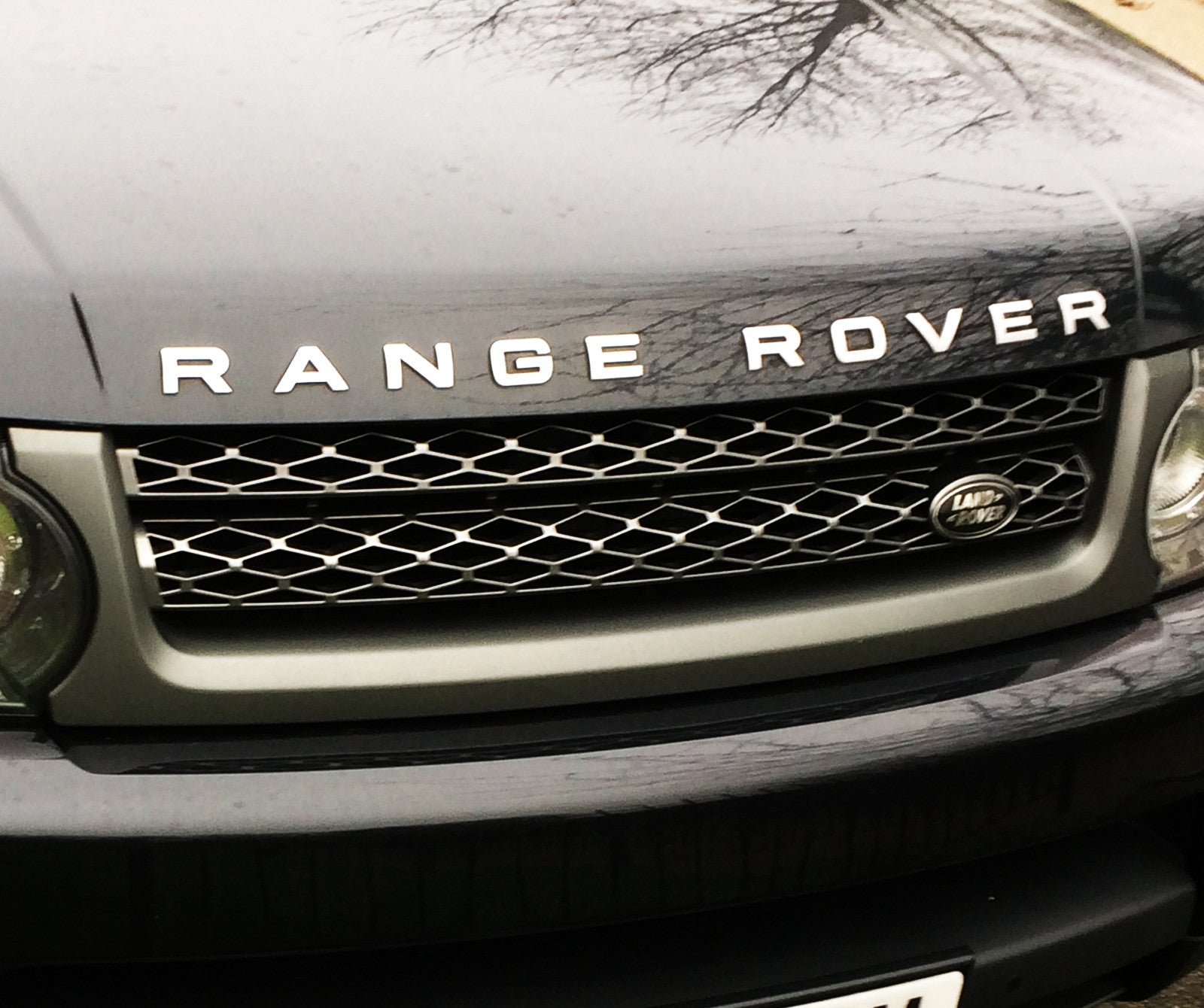 Range Rover Sport HSE Front Grille