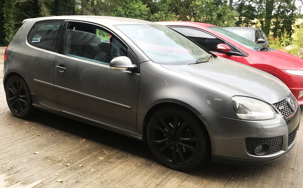 VW GOLF GTI MK5 - REAR DRIVERS SIDE QUARTER PANEL CUT OUT