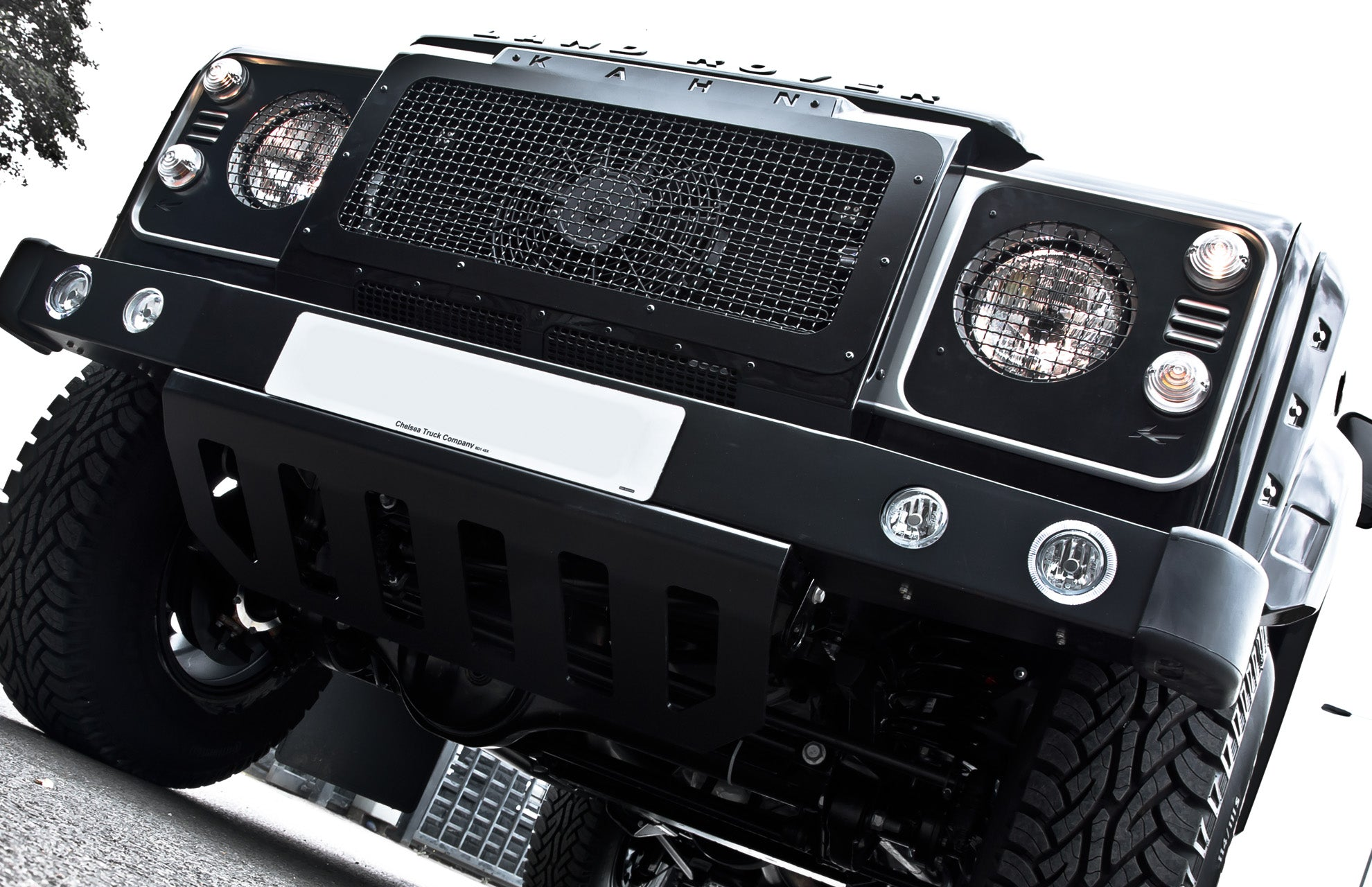 LAND ROVER DEFENDER - CTC FRONT HEADLIGHT COVERS WITH MESH
