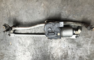 AUDI S3 8P FACELIFT - WINDSCREEN WIPER MOTOR