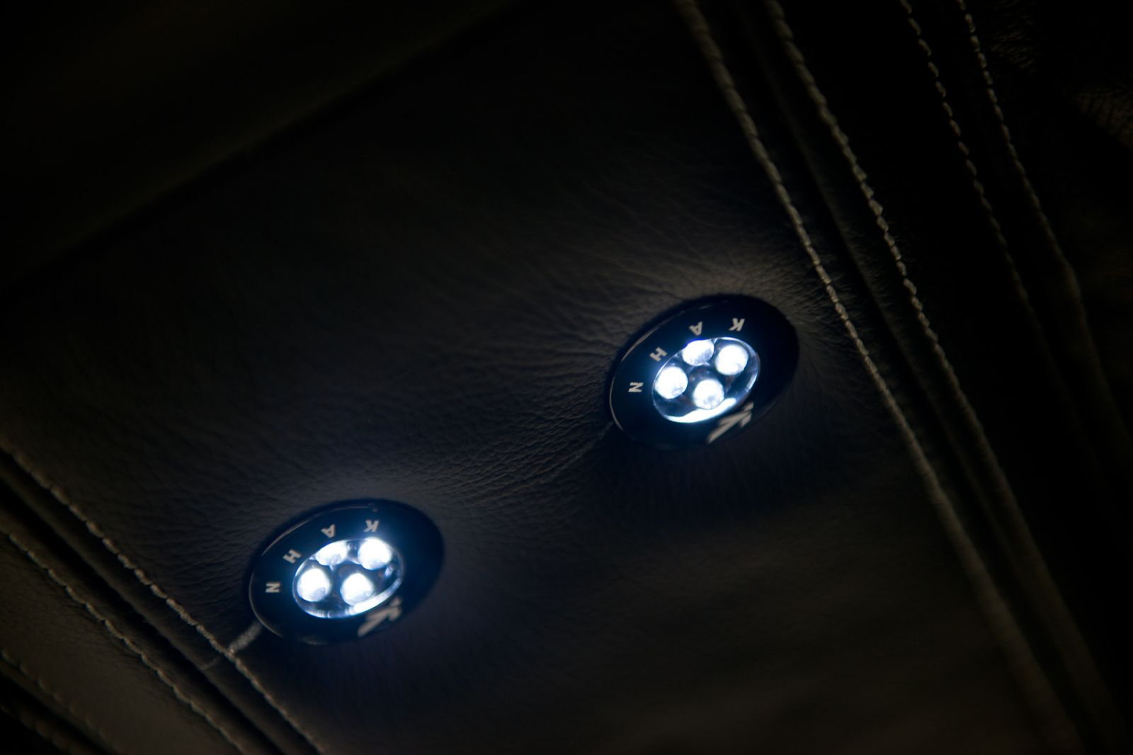 LAND ROVER DEFENDER - CTC REAR CABIN LED ROOF LIGHTS
