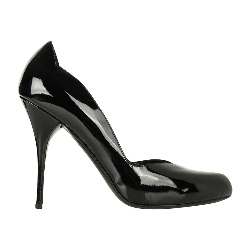 Valentino Shoe Black Patent Sweetheart Lines 7 / 37 new - mightychic