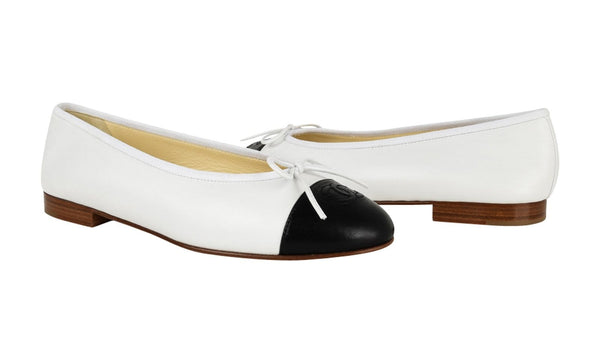 Chanel Shoes Ballerina Ballet Flats White / Black 39 / 9 New