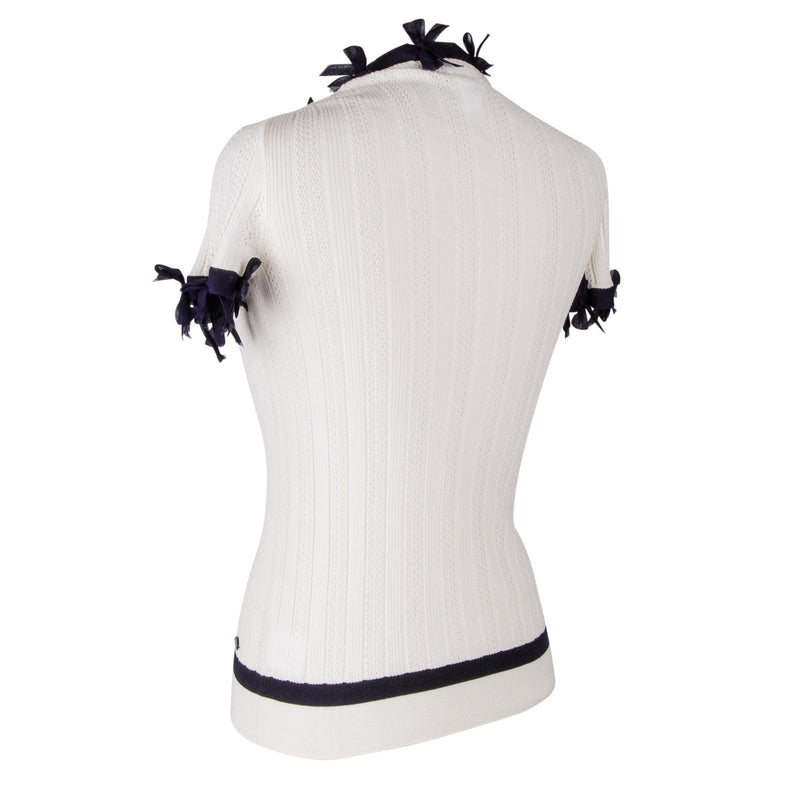 Chanel 06P Top Winter White Knit Dark Navy Bows 44 fits 8 - mightychic