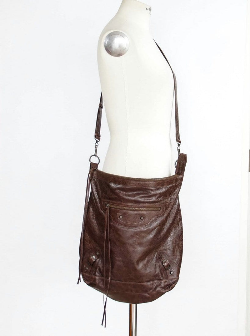 Balenciaga Bag Iconic Flat Messenger / Cross Body Arena Leather - mightychic
