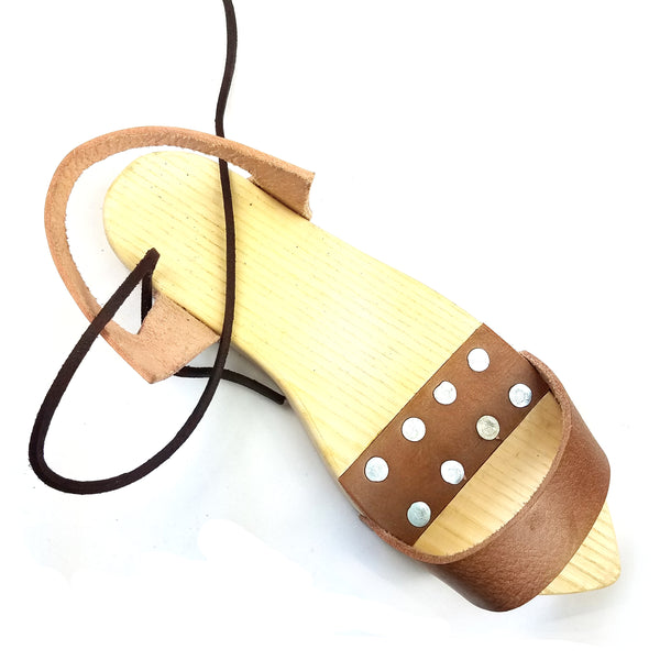 Medieval Pattens - wood overshoes, medieval wood shoes, medieval glogs, middle ages wood shoes, medieval wood sole, medieval outdoor shoes