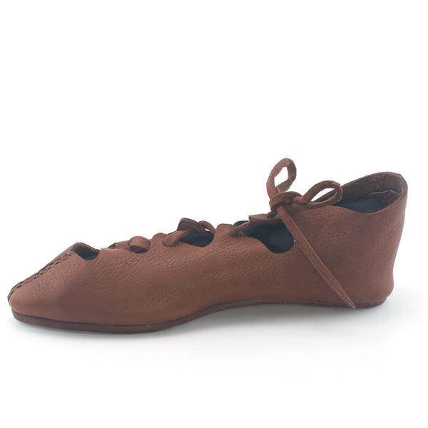 Roman Carbatinae Welzheim Shoes for Men and Women - closed toe Roman sandals,  4th and 5th century Roman women's shoe, Shoes Roman Empire, Roman shoes Vindolanda, Roman shoes Britain as well as the Northern Provinces, Roman SCA shoes, Roman Larp shoes, roman cosplay shoes