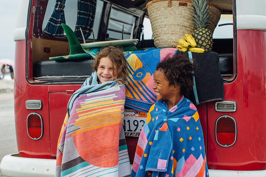 vintage beach towels via Sunny and Cheer