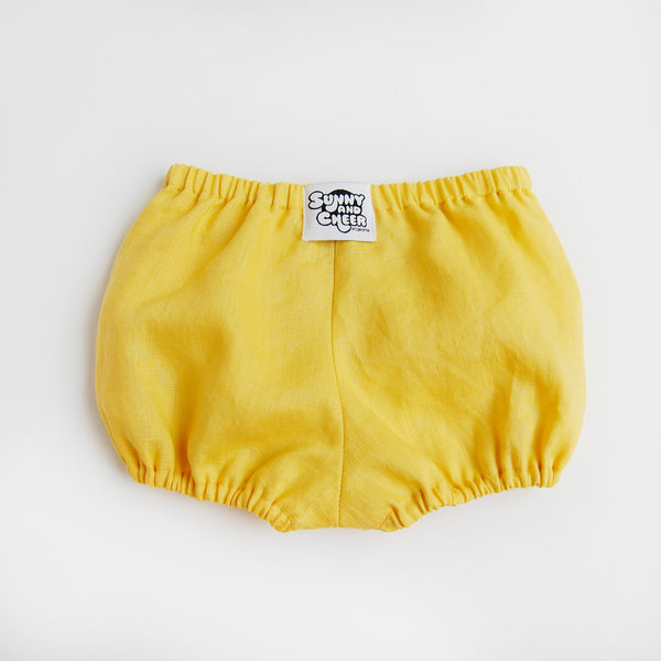 best baby gift, baby bloomers from Sunny and Cheer
