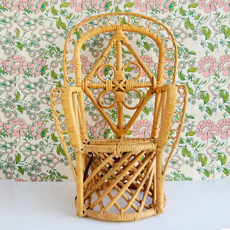 """Have a Seat"" vintage bamboo plant stand/chair"
