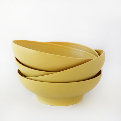 """Harvest Gold"" vintage Tupperware bowls 