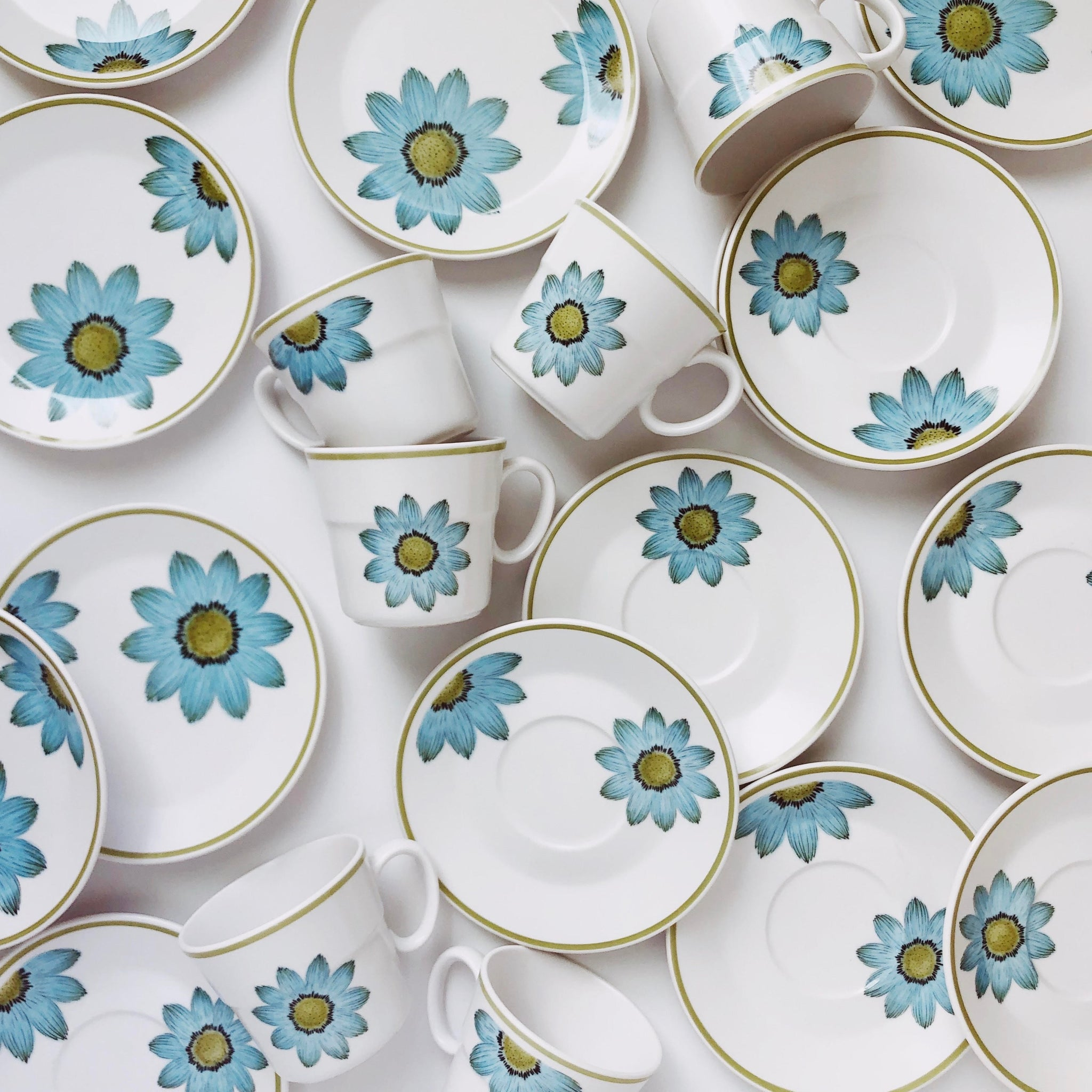 """Up-Sa Daisy"" vintage mid century modern Noritake dish collection"