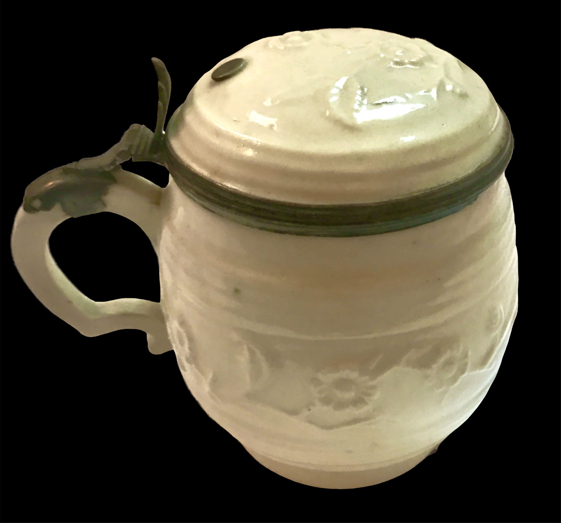 18th Century French Saint Cloud Porcelain Silver Mounted Mustard Pot & Cover.