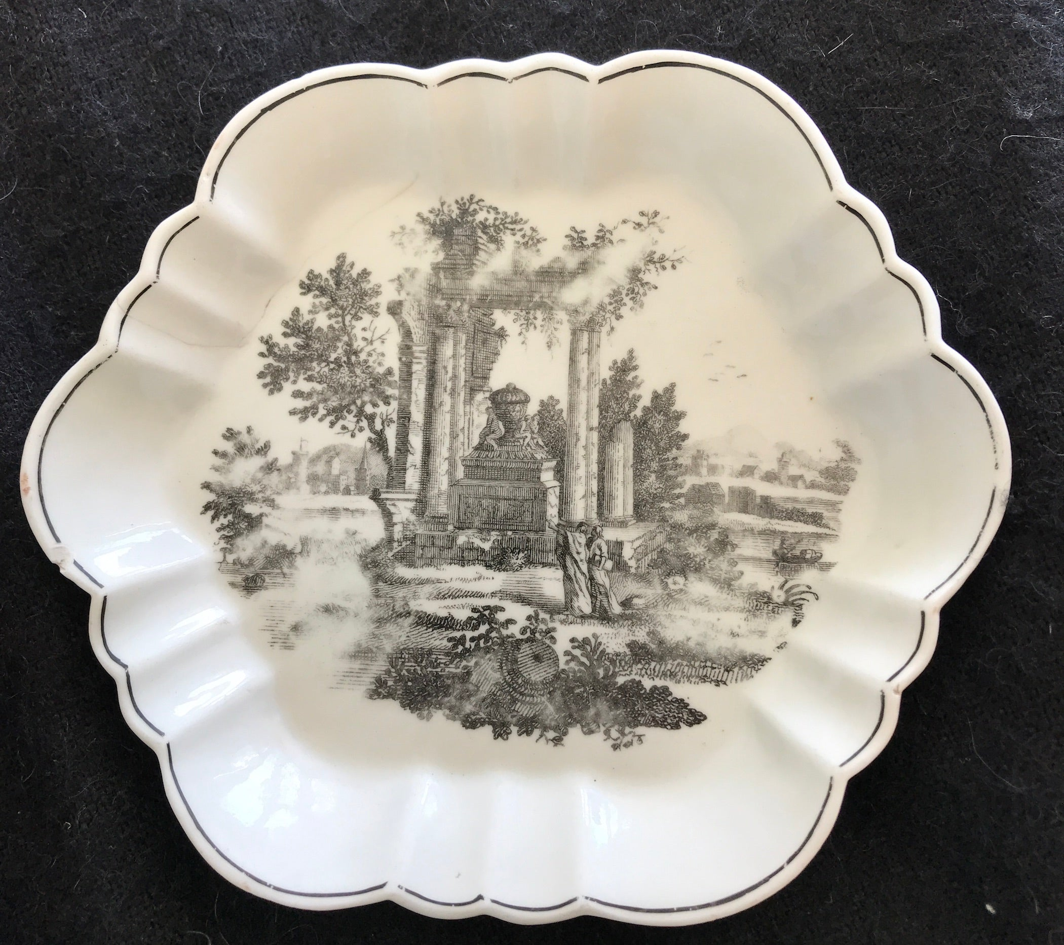 18th Century Worcester Porcelain Teapot Stand, Ruins Transfer Print.