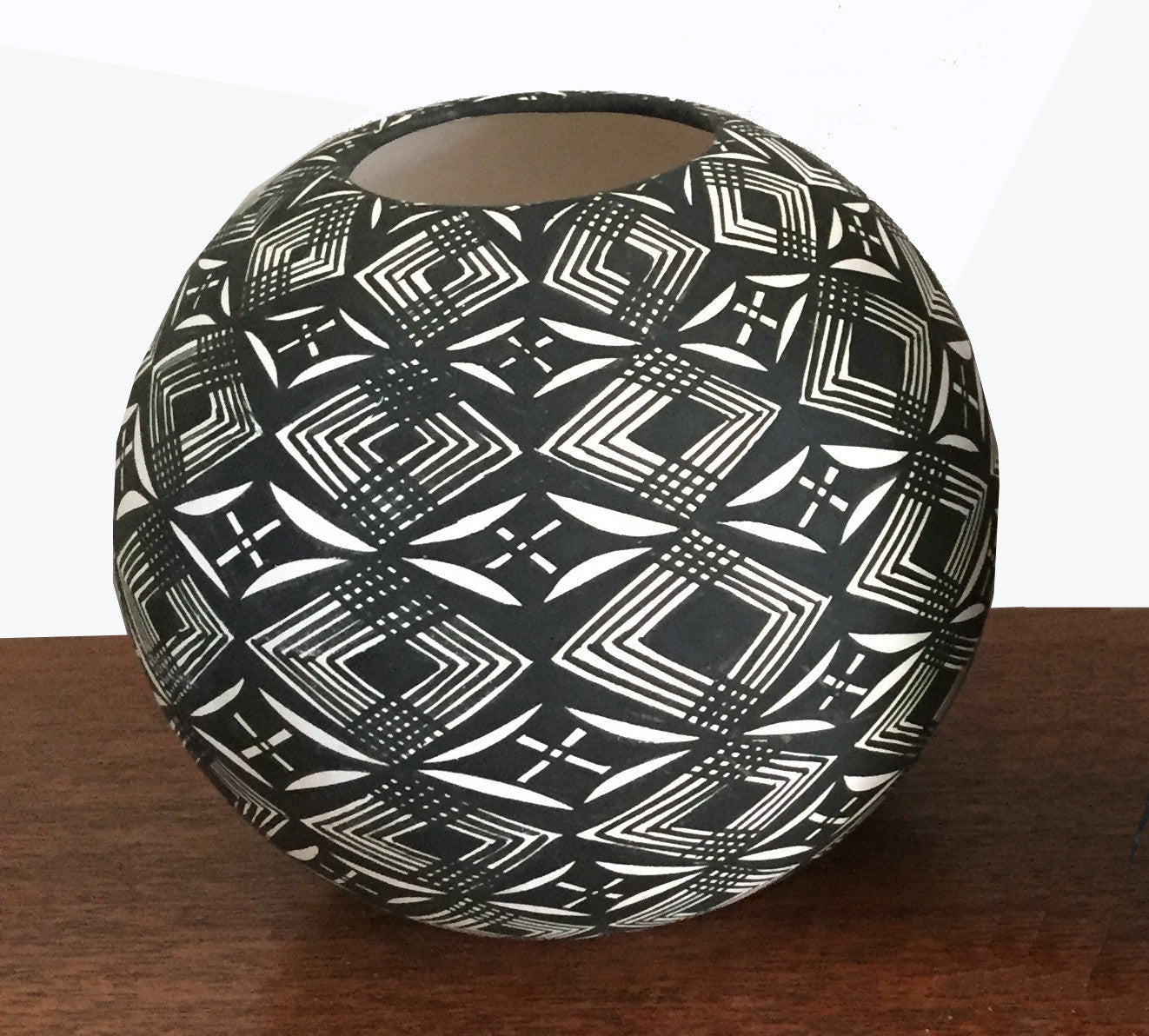 SOLD Graphic Black and White Native American Seed Pot, Acoma