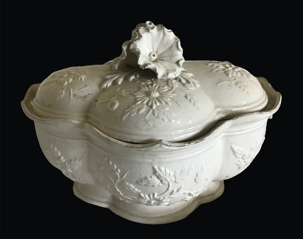 18th Century French Faience Fine Sauce Tureen and Cover.
