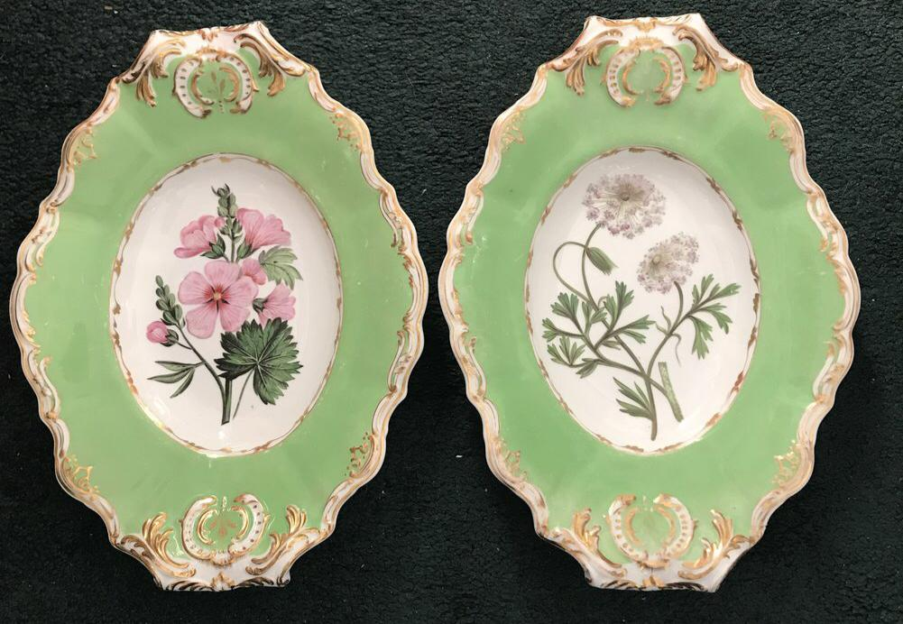 Pair of English Copeland & Garrett Shaped Dessert Plates