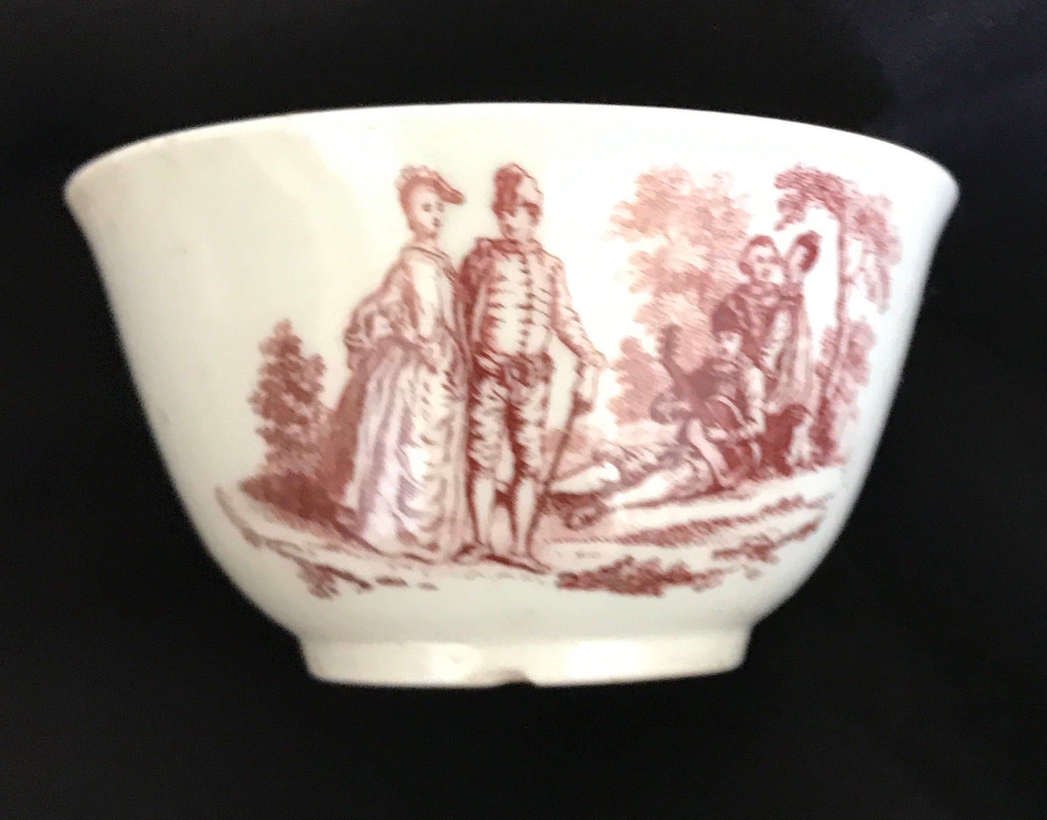 18th Century Worcester Porcelain Teabowl Transfer-Printed in Red.