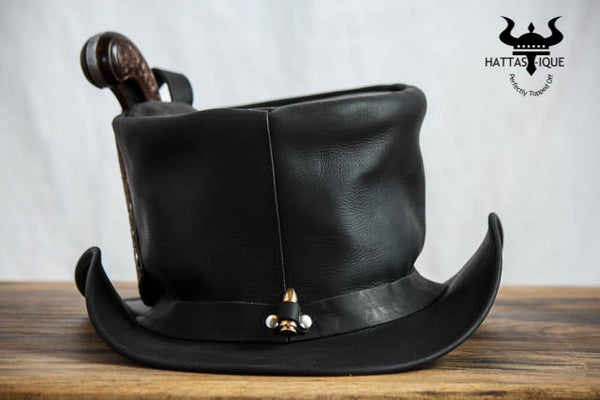 Derringer Pistol Leather Top Hat Back View