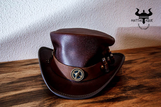 marlow top hat with vial hatband